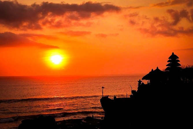 Tanah Lot Sunset Tour Bali - Best Half Day Tour with Amazing Sunset View
