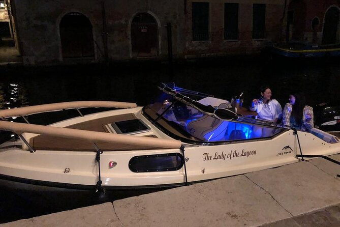 Private Boat Tour on Canal Grande with Prosecco