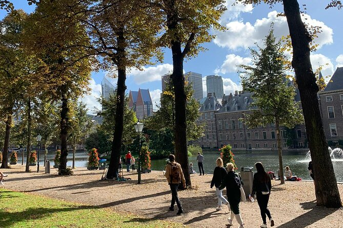 Historische koninklijke wandeltocht Den Haag