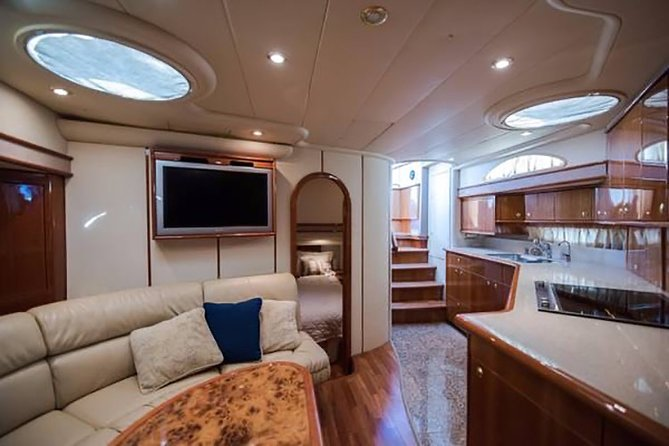 Private Yacht Rental in Key Biscayne