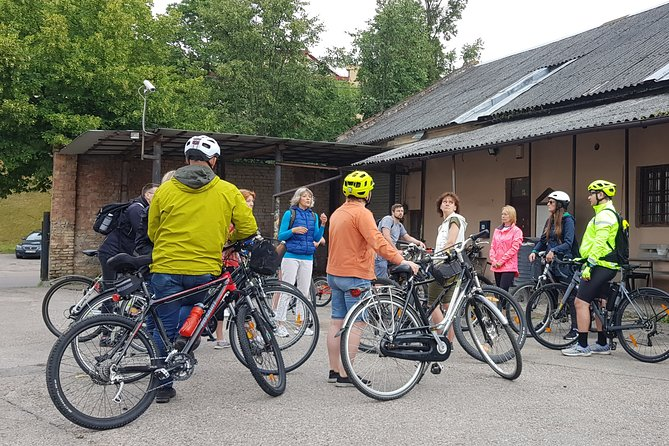 Bicycle tour Contrasts of Vilnius