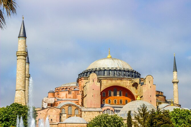Historical Walking Tour of Istanbul Old City from Hagia Sophia