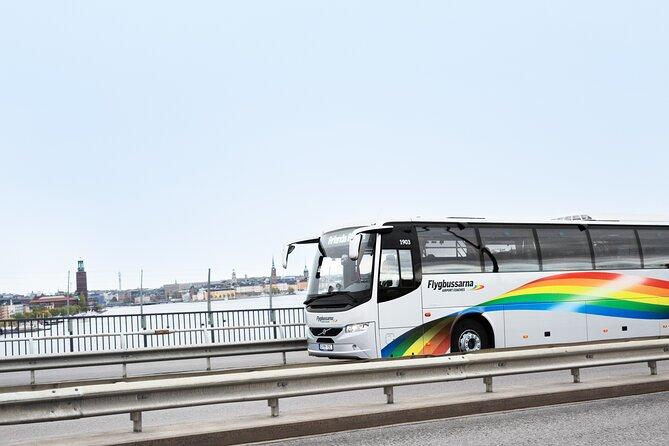 Autobús del aeropuerto de Skavsta
