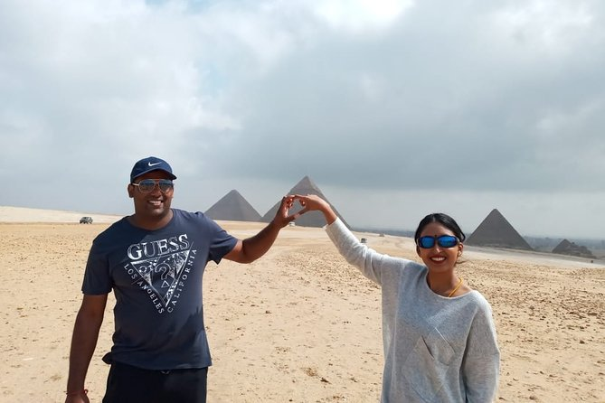 Cairo to Giza Pyramids and Sphinx guided Private Tour with Camel Ride