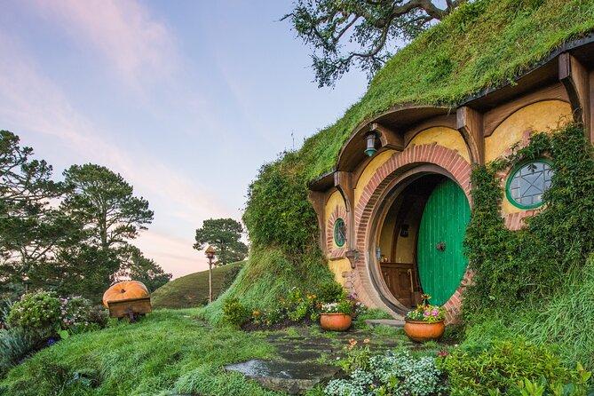 Hobbiton Movie Set Tour & Hamilton Garden Experience