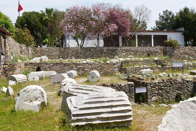 Mausoleum at Halicarnassus (Tomb of Mausolus)
