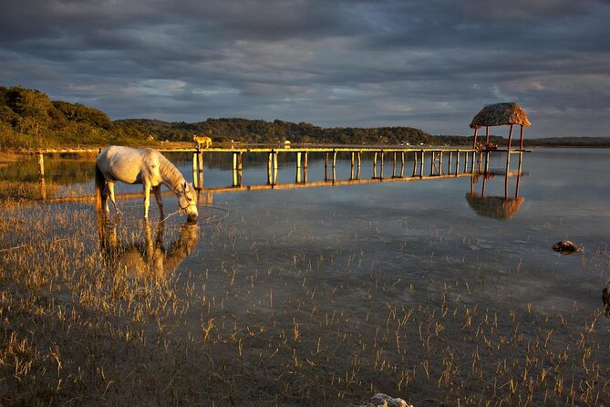 Lake Peten Itza (Lago Petén Itzá)