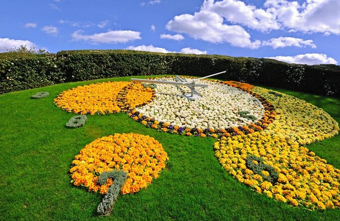 Flower Clock (Horloge Fleurie)