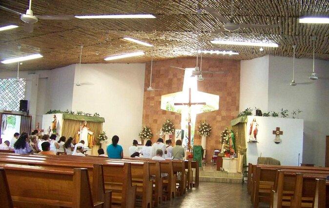 Cancún Christ the King Church (Iglesia de Cristo Rey)