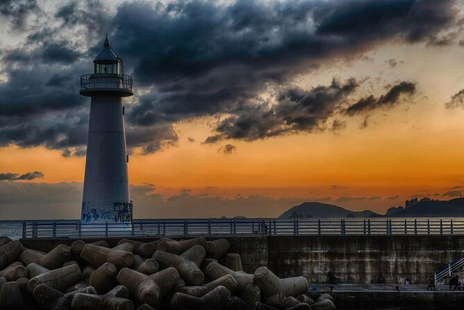 Dongbaek Island (Dongbaekseom)