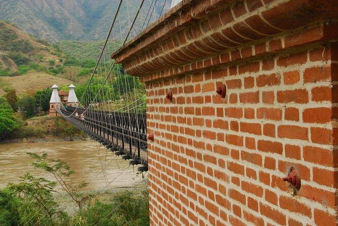Puente de Occidente (Bridge of the West)