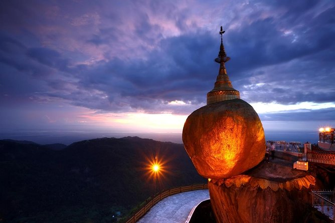 Pagoda Kyaiktiyo (Roccia d'oro)