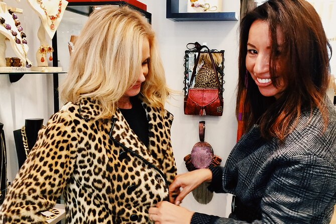 Private Second-Hand Luxury Shopping Tour in Paris