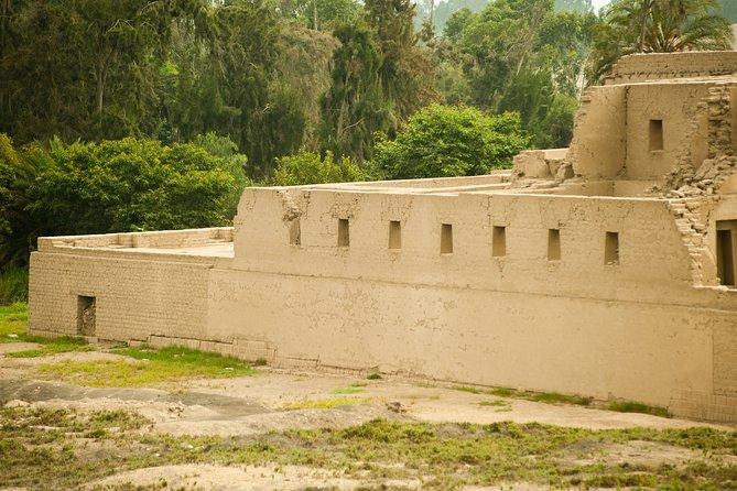 Pachacamac Archaeological Complex, Chorrillos and Barranco -Private Tour