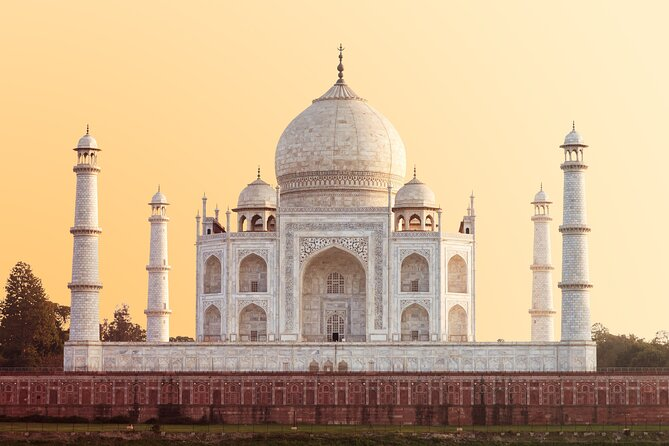 A Train Excursion From Delhi: Visit Fatehpur Sikri and Agra Fort and Taj Mahal with Private Transfer