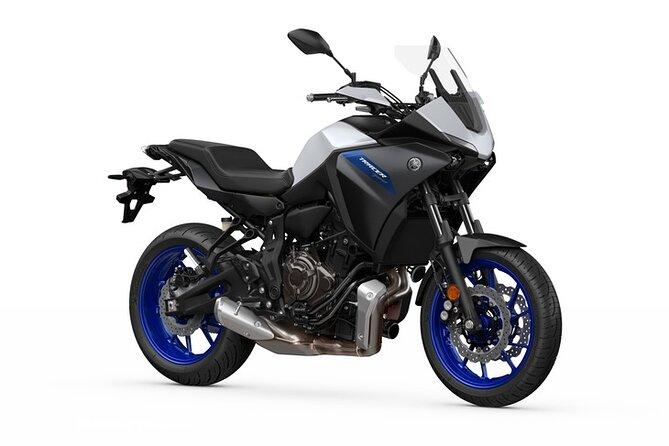 Motorcycle rental A2 Tracer 700 Yamaha (A2 license) Paris
