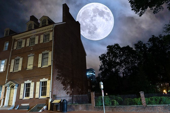 Philadelphia Walking Ghost Tour