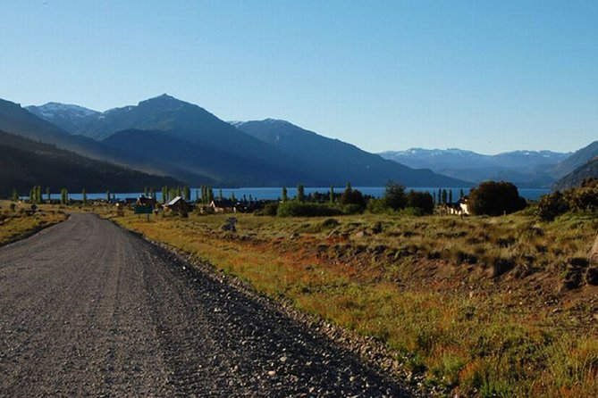 Discovering Neuquén, among millenary pehuenes, lakes and Mapuche communities