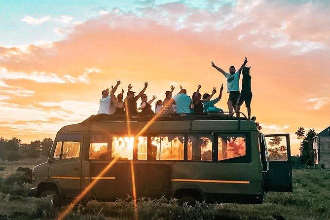 Moshi sunset bus