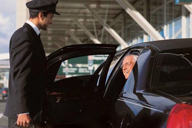 Private Transfer from City of Vancouver to Vancouver Airport (YVR)
