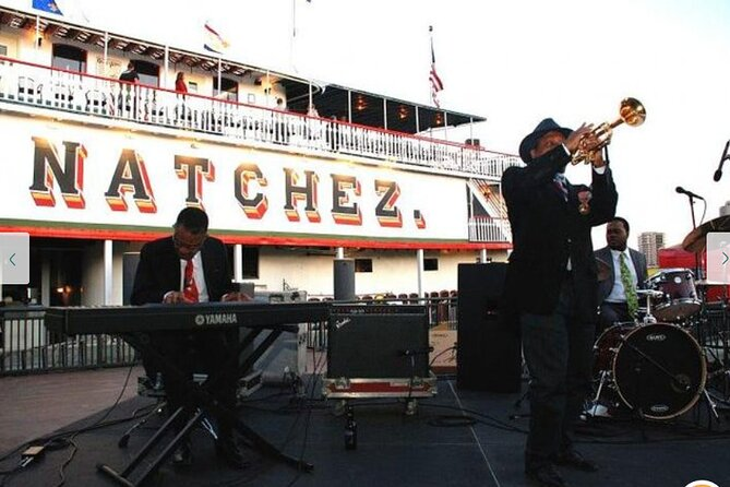 VIP: Steamboat Natchez Dinner Cruise with Private Boat and Engine Room Tour