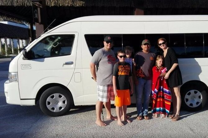 Private Airport Round Trip Transfer Cancun to Playa del Carmen