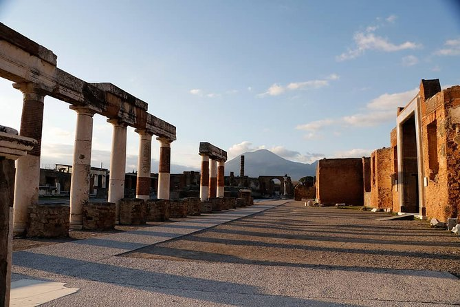 A Taste of Pompeii Archaeological Park from your Home
