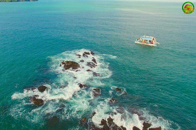 Catamaran Tour Manuel Antonio