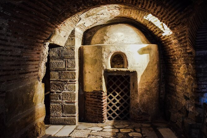 Skip-the-line Underground Rome Private Tour of Crypts & Catacombs w Hotel Pickup