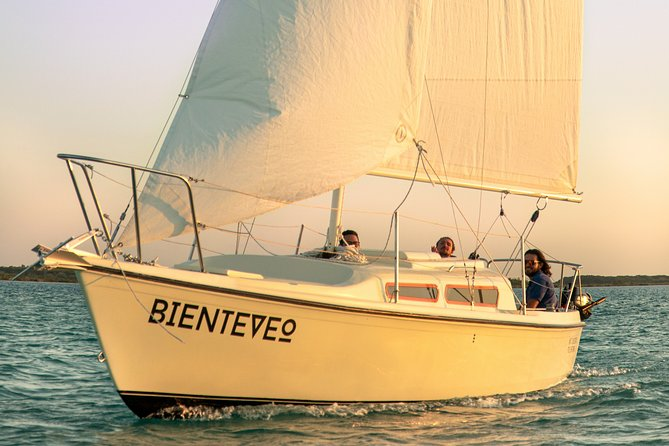 Sailing Tour through the Lagoon of the 7 Colors