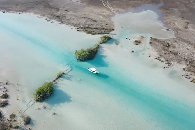 Bacalar Eco Boat Tour and Visit to Cenotes