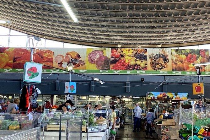 Kyiv Markets Private Tour: Besarabka, Zhytniy and Petrivka