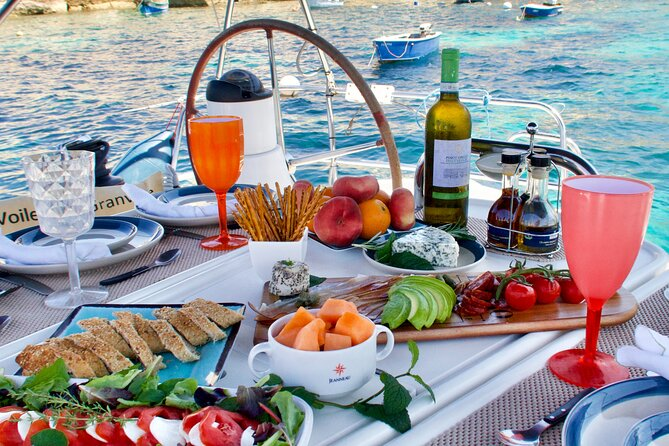 Gastronomic Day Tour Sailing the BlueSeagull around the Maltese Islands