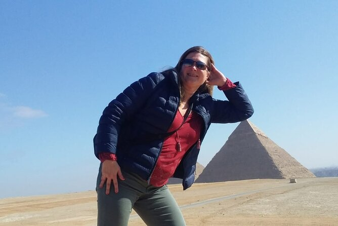 Full Day Pyramids of Giza & Sphinx & The Egyptian Museum With Lunch Included