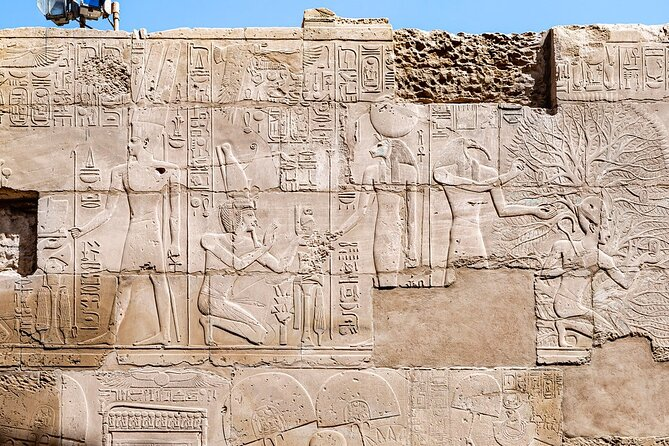 Amazing Full Day Tour to East and West Banks of Luxor Highlights Including Lunch