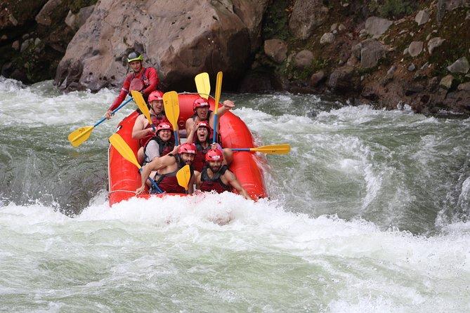 San José to La Fortuna FULL Rafting on the Sarapiqui Jungle Run River Class 3-4