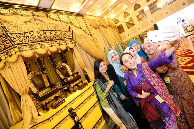 Private Tour : Discover the History, Heritage & Culture of Malaysia