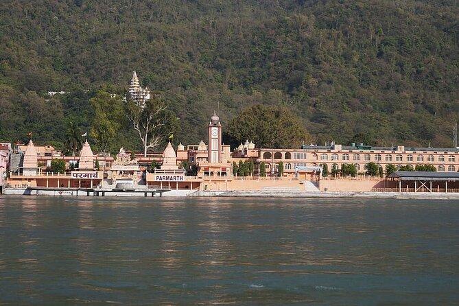 Private Transfer: Delhi to Rishikesh via Haridwar