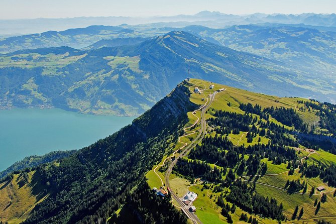 Queen of mountains round-trip from Lucerne
