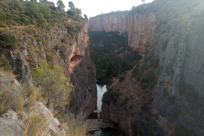 Private Walking Tour Canyon de Turia and Chulilla Village
