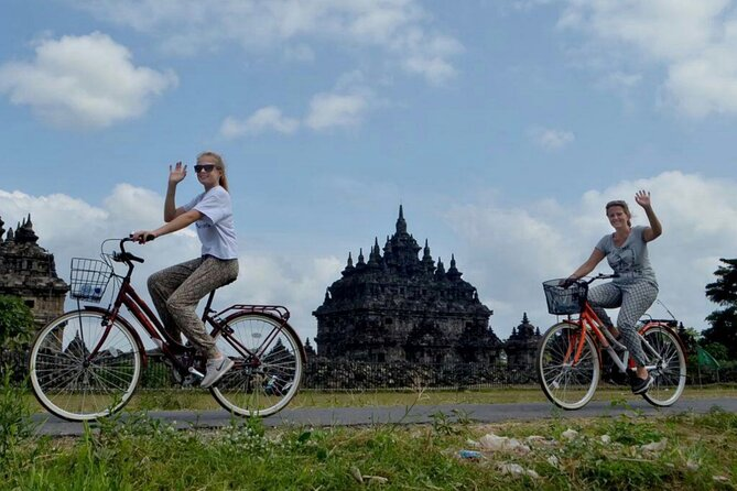 Borobudur Sunrise Cycling