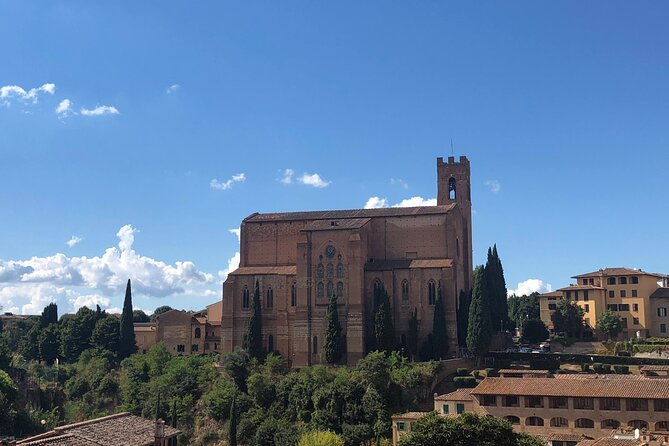 Siena Private Walking Tour On the Path of Saint Catherine