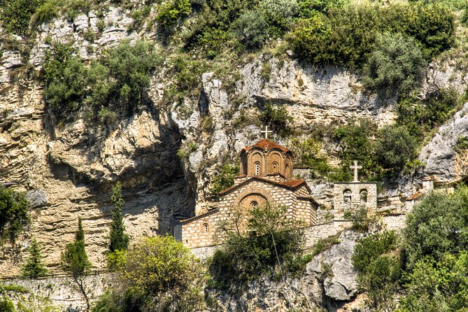 Berat Full-Day Tour from Durrës with English Speaking Guide