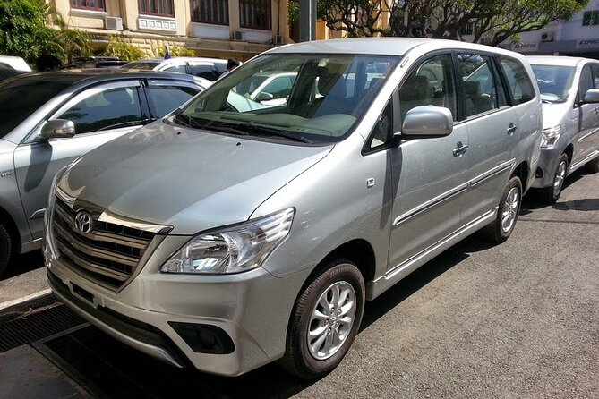 Airport Transfer (From Hotel in Hoi An to Da Nang Airport) 7 Seat Car