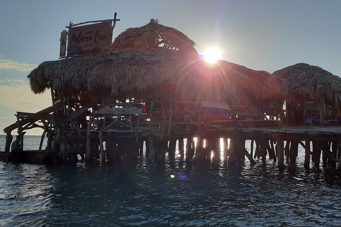 Pelican Bar and Black River Hi light Tour