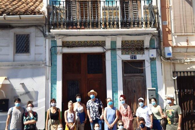 Walking tour through the Cabañal neighborhood in Valencia