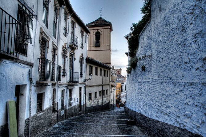 Granada Walking Tour: Albayzin and Sacromonte