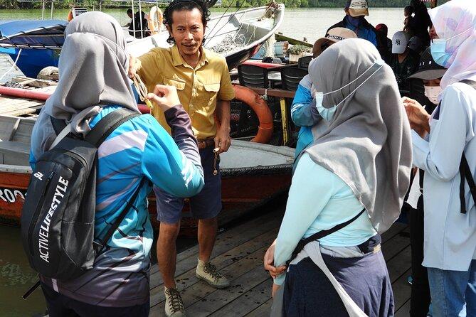 Belungkor Mangrove Village Tour