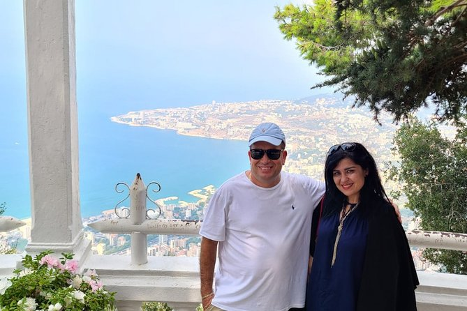 Half-day Jeita Grotto & Harissa private great female guide/all-in + meal
