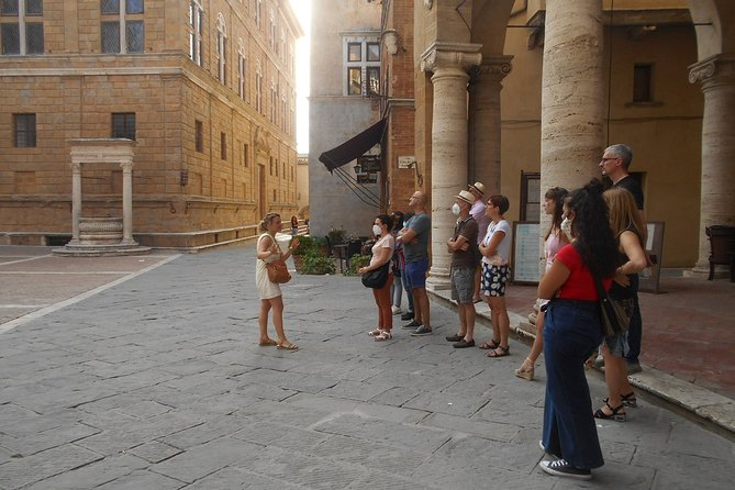 Private Guided Tour of Pienza on Foot